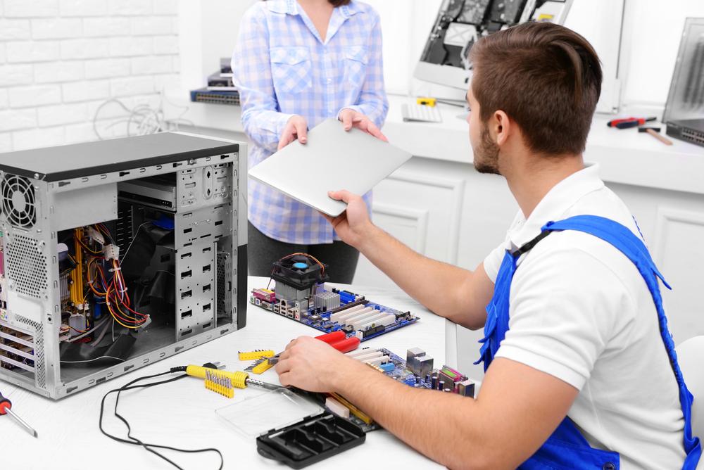 nu se mai aprinde laptopul - laptop in service acreditat